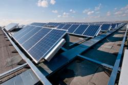 Vomar voorziet distributiecentrum van zonnepanelen