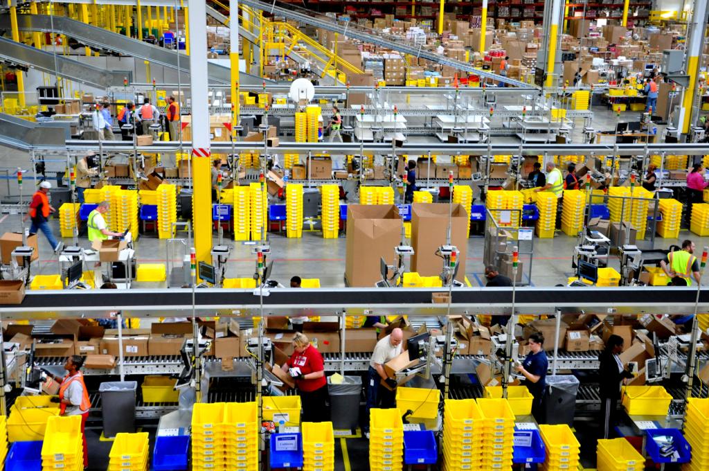 Geen plaspauze voor Amazon-orderpickers in Groot-Brittannië