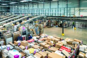 PostNL opent grootste sorteercentrum voor pakketten
