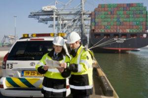 'Dienstverlening van de douane laat te wensen over'