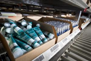 Cosmeticabedrijf Paula's Choice in zee met CB Logistics