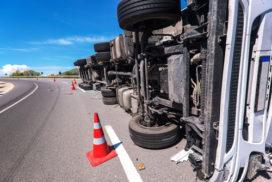 Ernstig ongeluk vrachtwagens: winnende app voorkomt erger