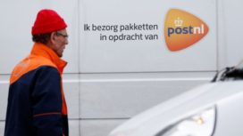 'Pakketbezorgers hebben honderdduizenden euro's tegoed'