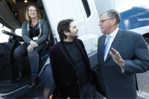 Vrachtwagen zoekt chauffeur: nieuwe campagne moet tekort vrachtwagenchauffeurs oplossen